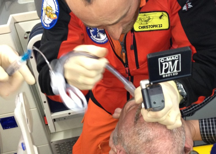 Intubation mit C-MAC PM Christophh22