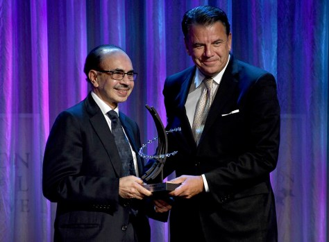 Adi Godrej, chairman of Godrej Group is his presented with the Global Citizen Award for Leadership in the Private Sector from Hikmet Ersek President & CEO of The Western Union Company © 2016 Karen Rubin/news-photos-features.com