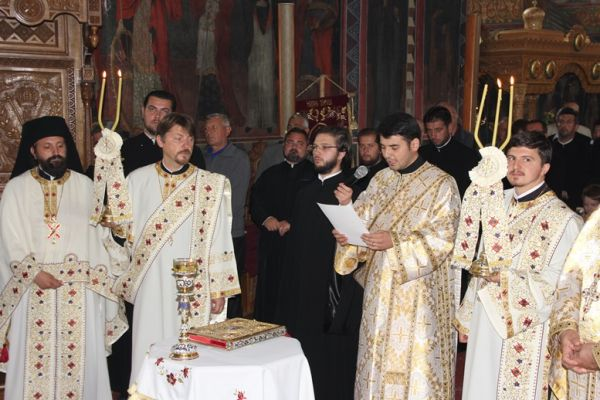 Alexandru Lezeu a fost hirotonit preot