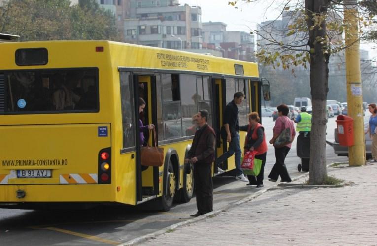 Accidentată de autobuz