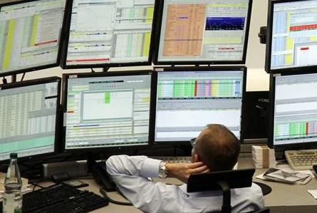 Турецкий индекс падает, доллар растет