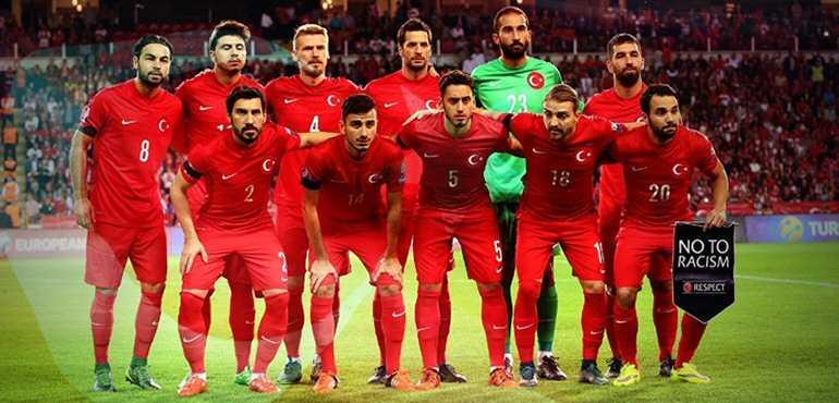 Турция обыграла Словению перед началом Евро-2016