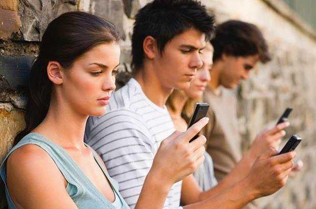 Турки больше всех зависимы от телефонов