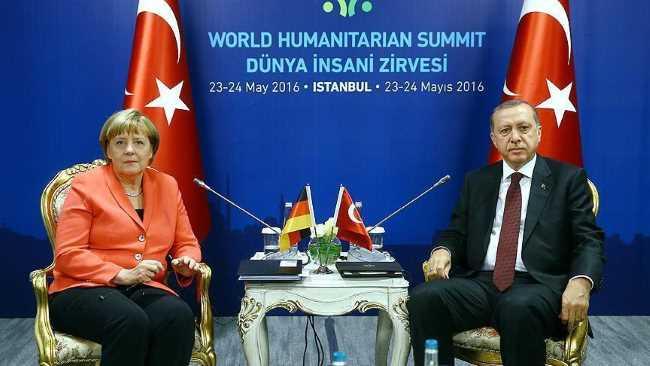 Меркель обсудила с Эрдоганом проблемные темы
