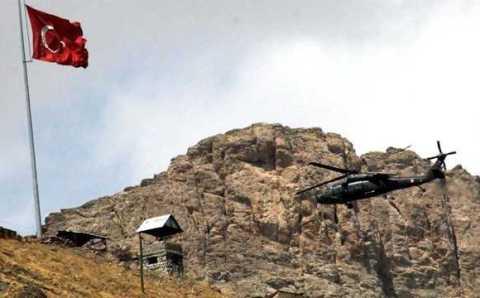 Атака РПК в Хаккари: 8 погибших солдат и упавший вертолет