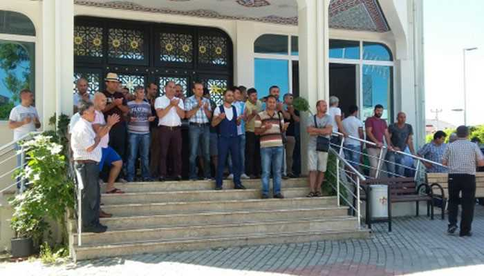 Торговцы в Аланье вышли помолиться, чтобы приехали туристы