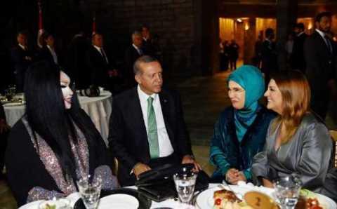 Президент пригласил турецких звезд на ифтар