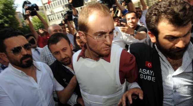 Аталай Филиз признался в трех убийствах