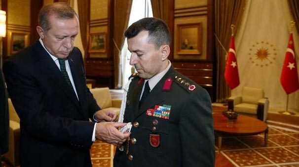 Задержан главный военный советник Президента