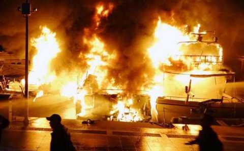 В Мармарисе сгорели три яхты: 1 погибший