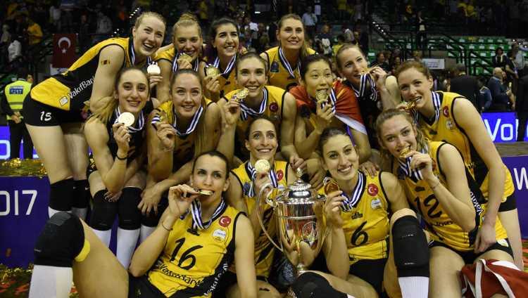 «Вакифбанк» выигрывает волейбольную Лигу Чемпионов