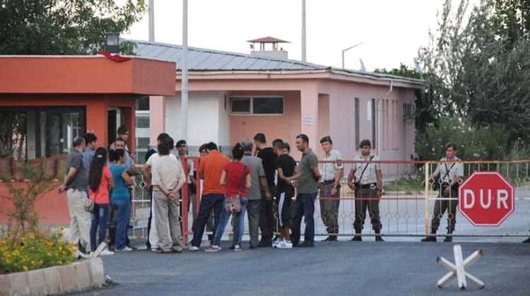 22 тысячам заключенных нет мест в тюрьмах