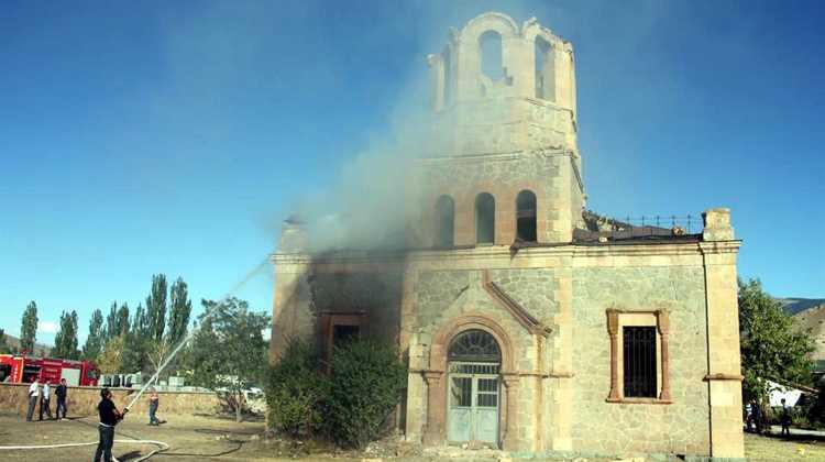 В Эрзуруме горела церковь Александра Невского