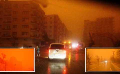 Сильная песчаная буря накрыла юго-восток Турции