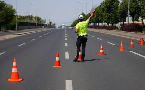 8 турецких провинций ограничили въезд-выезд