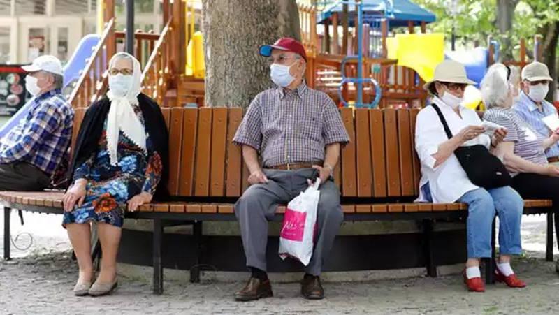 5,5 млн жителей Турции прошли через 3 вакцины