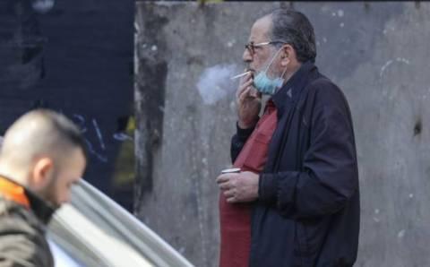 Курение на улицах запретили в 8 провинциях Турции
