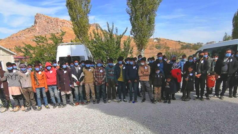 72 нелегала в микроавтобусе: 2 задохнулись