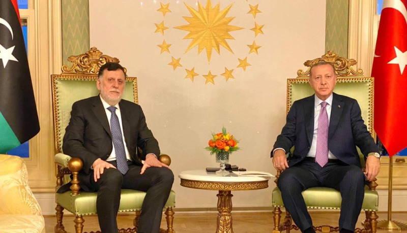 Эрдоган встретился с Сарраджем в Анкаре