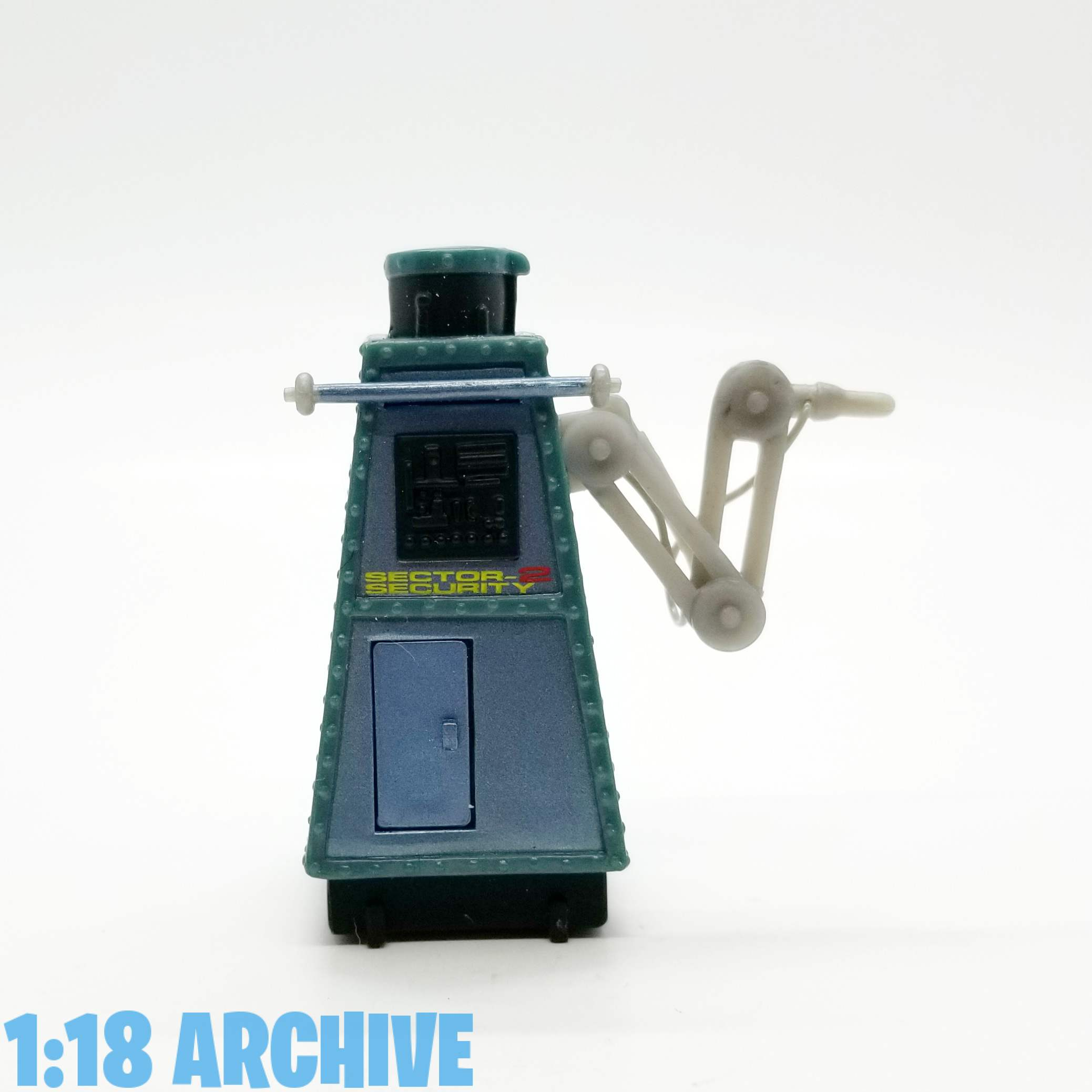 118_Action_Figure_Archive_Droid_of_the_Day_Reviews_Checklist_Guide_Hasbro_Disney_Star_Wars_Star_Tours_DLX2
