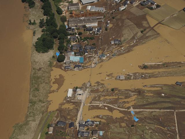 鬼怒川の堤防の決壊箇所 航空写真