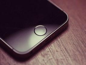 iPhoneのホームボタンを自分で修理する!