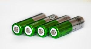 batteries-364217_640