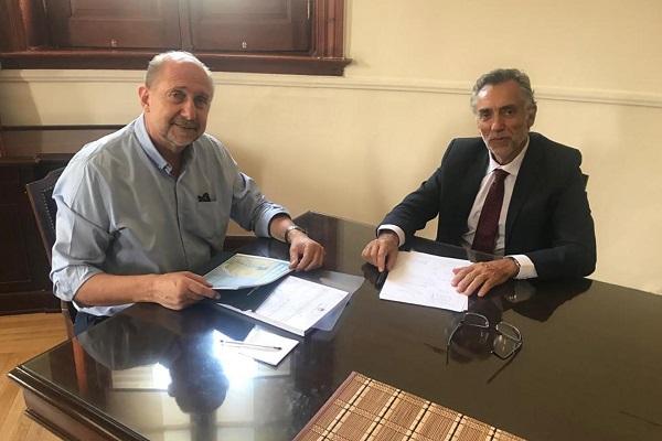 Omar Perotti, gobernador de Santa Fe y  el Fiscal de Estado entrerriano, Julio Rodríguez Signes.