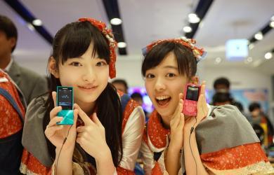 試聽Sony 高解析音樂系列商品,對效果讚不絕口!(2)