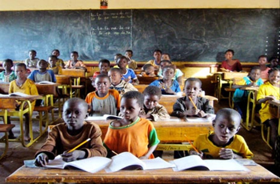 """Résultat de recherche d'images pour """"photo d'élèves burkinabé"""""""