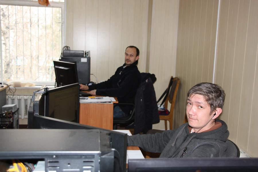 Наши замечательные дизайнеры А.Смирнов и Г.Тхай