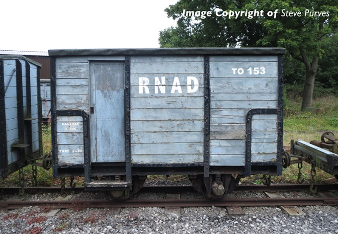 393-100 RNAD Enclosed-End Brake Van RNAD Grey