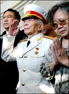 General Vo Nguyen Giap salutes