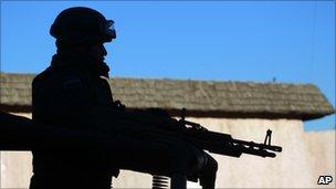 File picture of a Mexican policeman, Ciudad Juarez