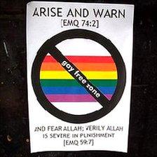 Affichette homophobe dans East London.
