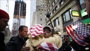 New York celebrations on hearing news of Osama Bin Laden's death (2 May 2011)