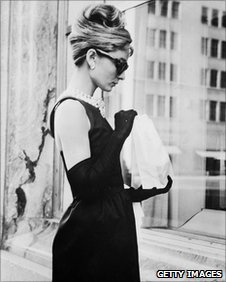 Audrey Hepburn stops for lunch during filming  of Breakfast at Tiffany's