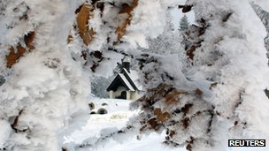 A snow-covered chapel on Taubenberg mountain in Warngau, Germany (2 Feb 2012)