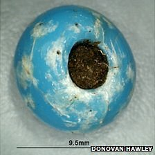 Glass beads found in Neolithic grave in Delancey Park