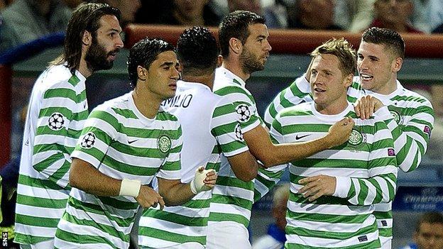 Assistir Inverness x Celtic ao vivo 08h45 Campeonato Escocês