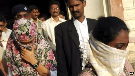 Shaheen Dhada, left, and Renu Srinivasan, who were arrested for their Facebook posts, leave a court in Mumbai on Nov 20, 2012. AP photo