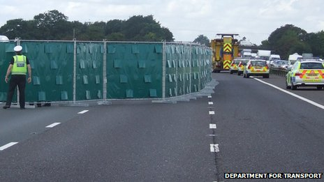 Highways Agency put up screens