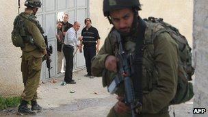 Israeli forces during raid in Nablus December 2012