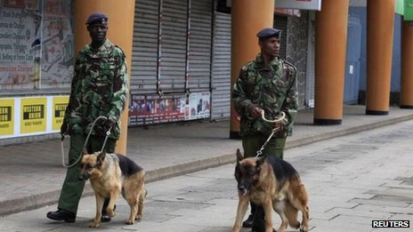 Police at the Supreme Court, Nairobi, 30 March