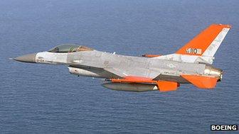 QF-16 jet