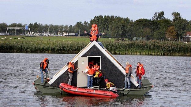 Netherlands flood rescue simulation