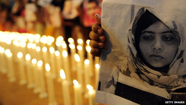 Candlelit vigil for the recovery of Malala held in November 2012