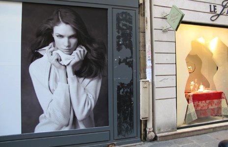 Street advertising in Paris