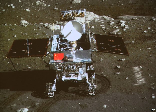 The Jade Rabbit rover on the surface of the Moon, 15 December