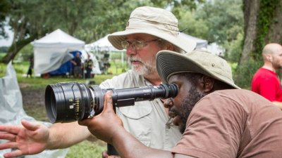Cinematographer Sean Bobbitt and director Steve McQueen on the set of 12 Years A Slave